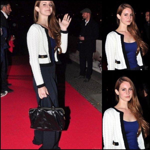 22/02/2012 : Lana Del Rey était à Berlin, au pre-Echo dinner.