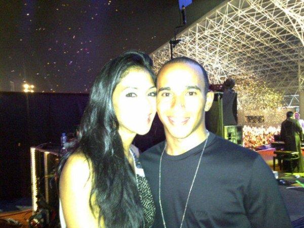 Lewis a poster une Photo de lui et Nicole au concert de Prince !!