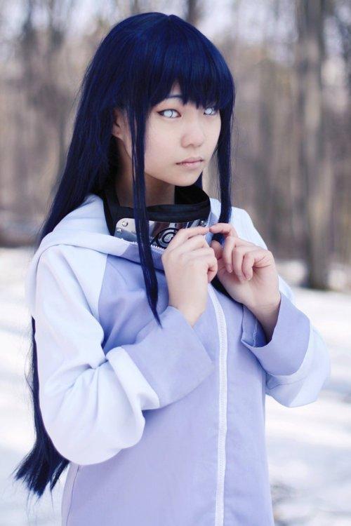 cosplay de hinata hyuga (ma préféré)
