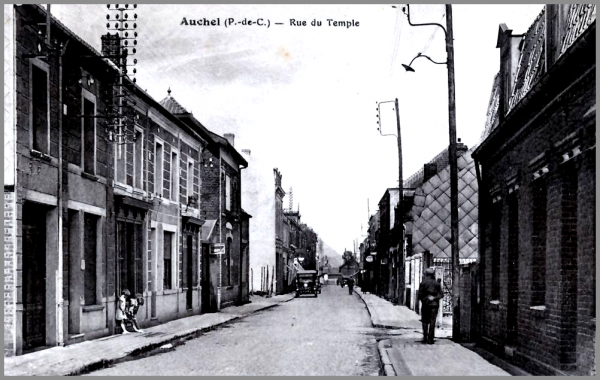Bijoux anciens rue du temple auchel procession religieuse for Jardin 41 rue du temple