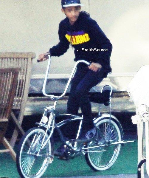 _ 25 Mai : Jaden, Willow et Moises Arias étaient en compagnie des enfants de Michael Jackson sur le tournage de Men in black III _