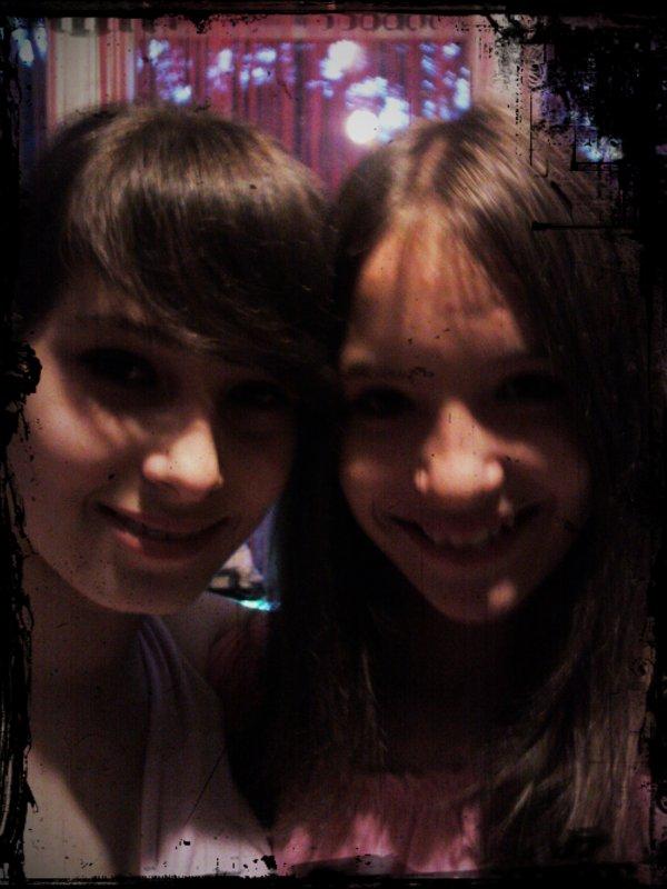 Moi et Ma grande soeur Laura=D