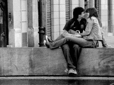 si tu le trouve ta  vie pourra être que parfaite car l'amour change tout ;)