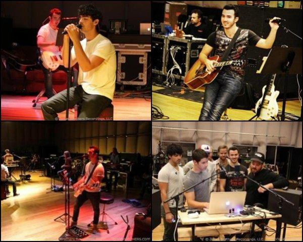 Repétition des Jonas Brothers pour leur tournée