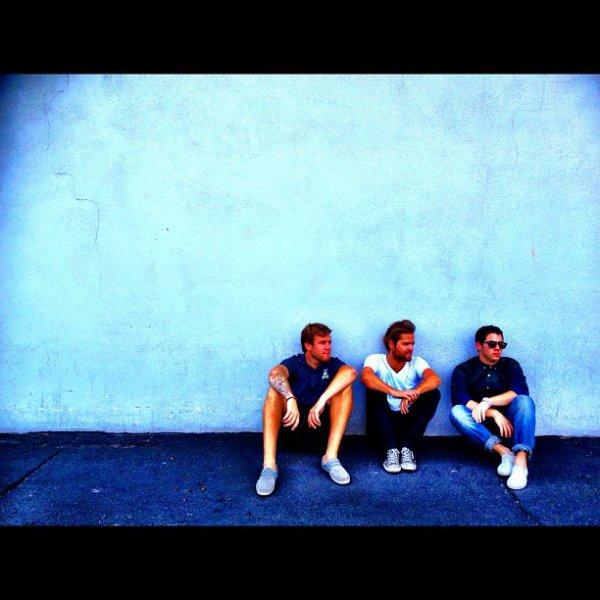 30.09.2012 Nouvelles photos que Joe a posté sur son Instagram