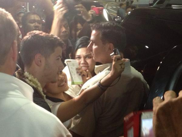 17.10.2012 Les Jonas Brothers sont arrivés il y a quelques heures à Manila