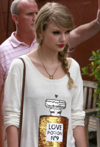 Taylor Swift un look a croquer !!!!!