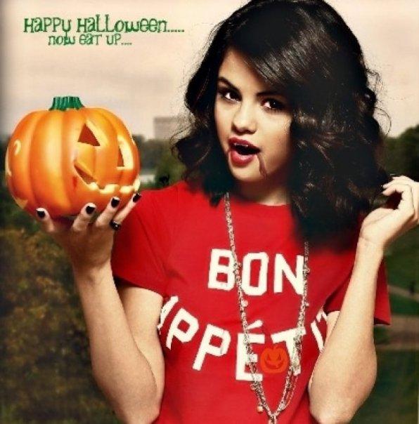 Selena Gomez en Vampire pour Hallowen !!!!!