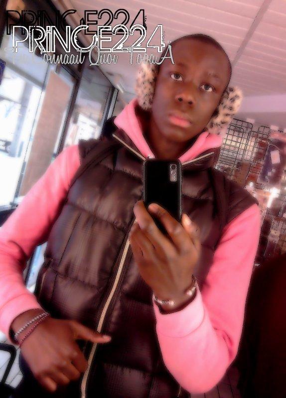 Priiince224 Le Joliie Gaçon, L'Homme Sensuel, Le Coeur de Toutes Les Belles Femmes !!! =)