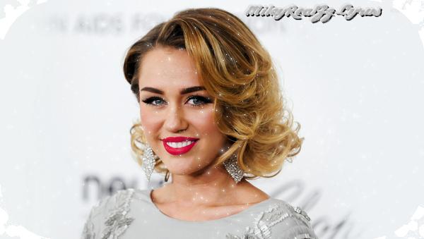 • MileyRealZz-Cyrus spécial acné.♥ •