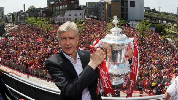 Arsenal : Wenger prolonge