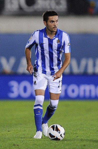 Real Sociedad : D.Estrada prolonge