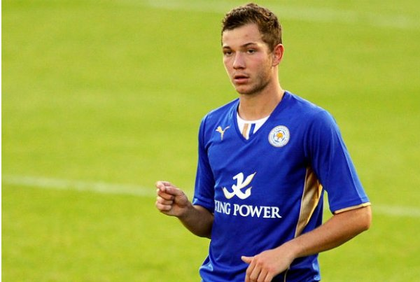 Leicester : Hopper prolonge