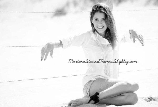 • Biographie de Martina Stoessel •