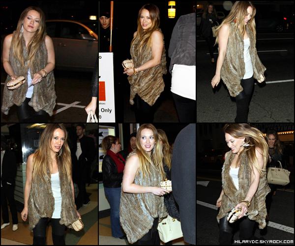 17 Dec. 2010 :   Hil' & Haylie se sont rendus au Hollywood Film Festival Independant . TOP / FLOP ?
