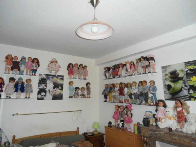 j'ai classé mes poupées !