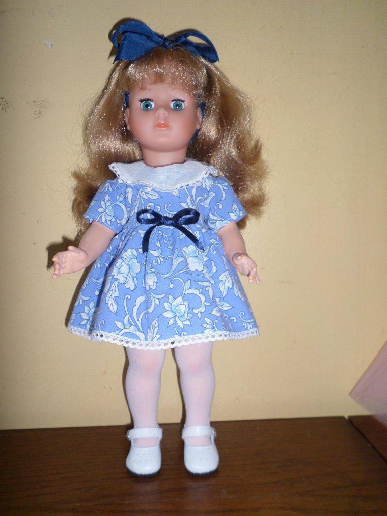 voilà, encore une jolie robe !!!!