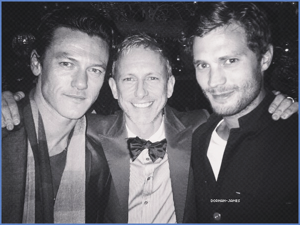 . 02/03/18.─ Jamie et sa femme Amélia étaients présents au Film Pre-Oscar Cocktail Party, LA.. Jamie vraiment trop classe a cet évènement , le couple a l'air vraiment très amoureux. Amélia est superbe! .