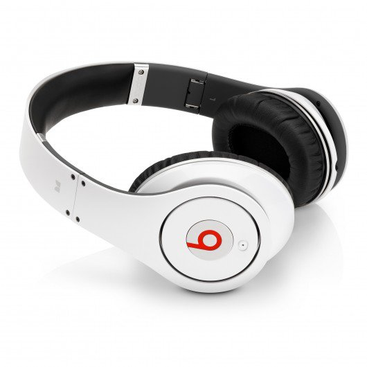Monster Beats by Dr. Dre (a)