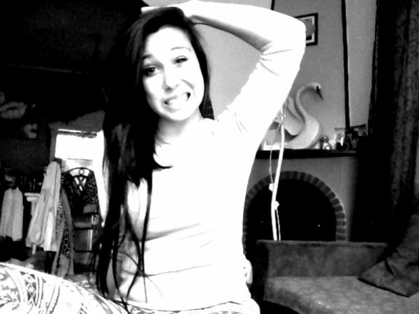 J'ai trop rêvé, j'ai trop voulu. J'ai trop aimé, j'ai tout perdu. </3      [ AU NATUREL ] ♥.