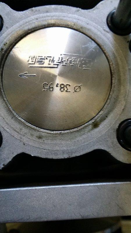 Démontage haut moteur (inspection),en cour de rodage !