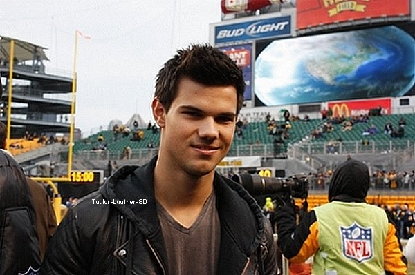• Taylor à la Steelers de Pittsburgh15/01/11