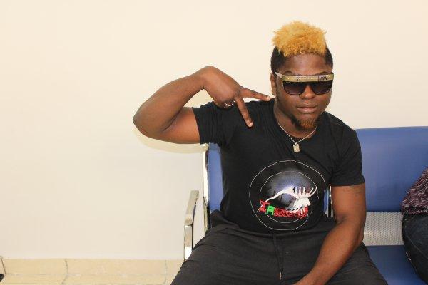 "mon style de zik / Bebi philip feat Kofi Olomidé "" on va piétiner "" (2012)"