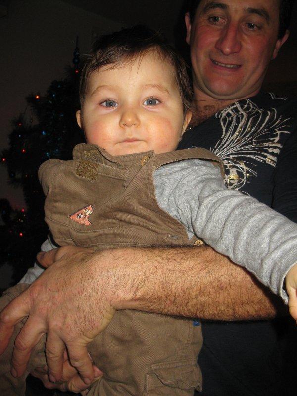 Mon tonton et mon petit cousin  plus que Magnifique!!! ;) ♥♥