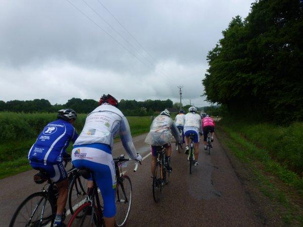 1er Tour de l'Yonne Cyclotouriste  -   Les 23 - 24 -et  25 mai 2015 -  3ème journée