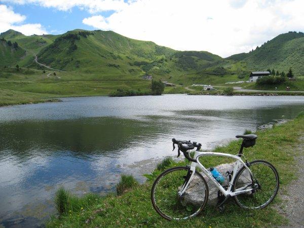 Mercredi 12 juillet: Enchaînement de 5 cols en Haute-Savoie !  Pour commencer: les cols de Joux-Plane et du Ranfolly !