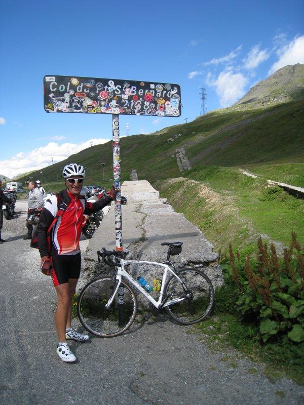 Vendredi 14 juillet - 2 cols de plus de 2000 m - Après l'Iseran, le Col du Petit-St-Bernard !