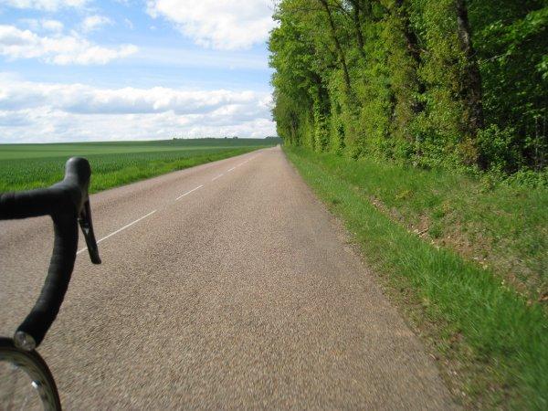 Mardi 1er mai - Balade vélo du côté de Cravant - 63 km