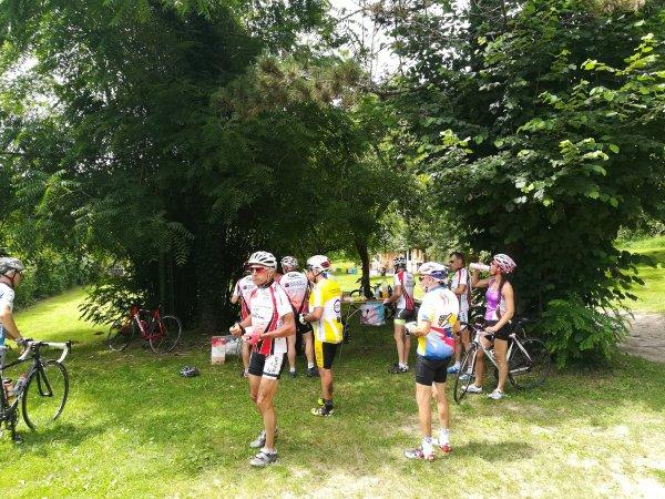 Samedi 23 juin - Sortie Ufolep Entente Cycliste Auxerroise - à Champeaux près de Toucy - 140 km