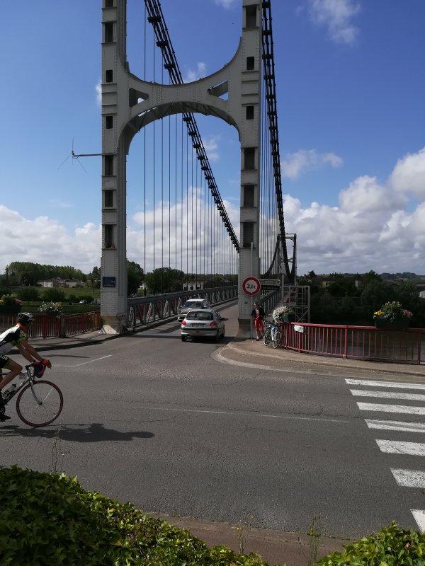 Mercredi 29 mai - Bordeaux-Villeneuve-sur-Lot - 143 km de vélo !