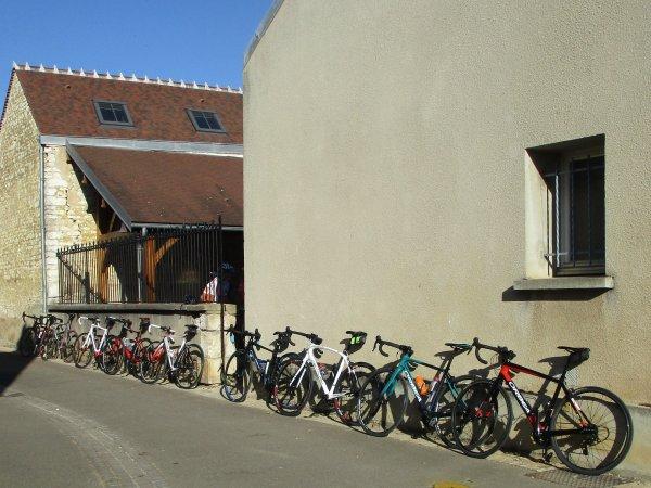 Mercredi 10 juillet - Sortie des anciens à Appoigny - 75 km de vélo !