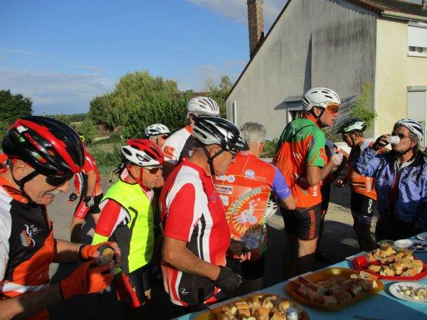 Dimanche 22 septembre - 16ème Rallye de la Pomme à Charmoy - 70 km de vélo !