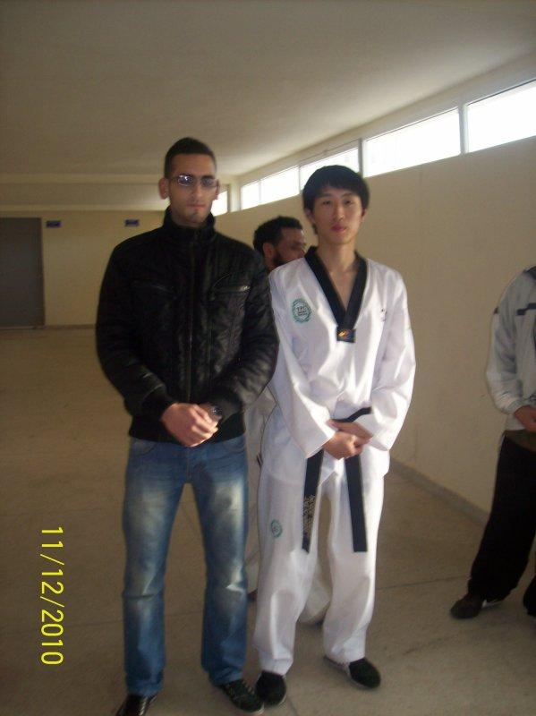 oujda le : 11/12/2010 moi et  jin son tae       8-p