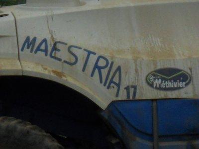 traitement avec automoteur maestria 17 de chez matrot en 36 metres