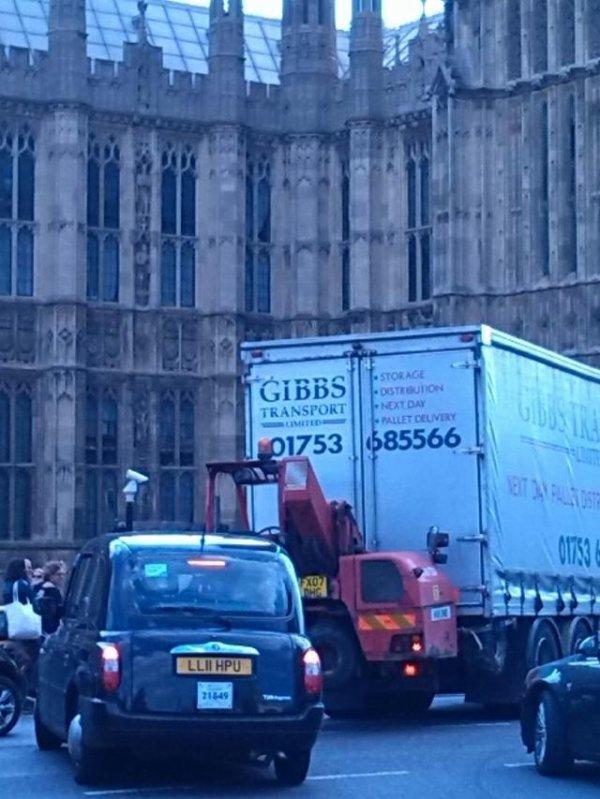 Gibbs to London !