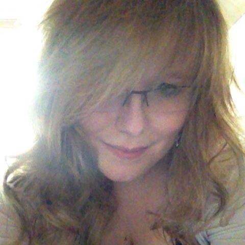 Me maintenant et oui je suis pas jolie mais faut faire avec ;)