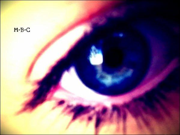 """"""" L'enfer est tout entier dans ce mot : solitude. """", Victor HUGO ♥"""