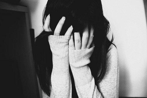 J'aimerais mourir pour pouvoir arrêter de souffrir.
