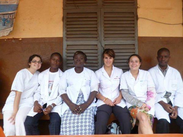 Le témoignage de Tania, Marjorie, Laure, Mathilde et Hélène, cinq Suissesses infimières en stage pendant 6 semaines à Tsevié