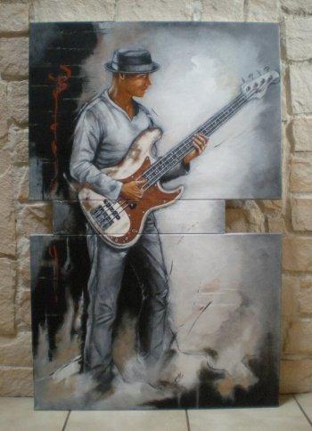 Le bassiste
