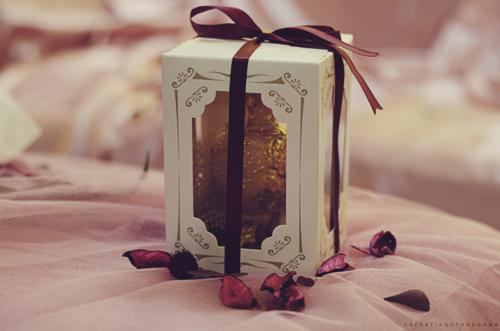 S'envoyer des cartes et s'échanger des cadeaux durant les fêtes
