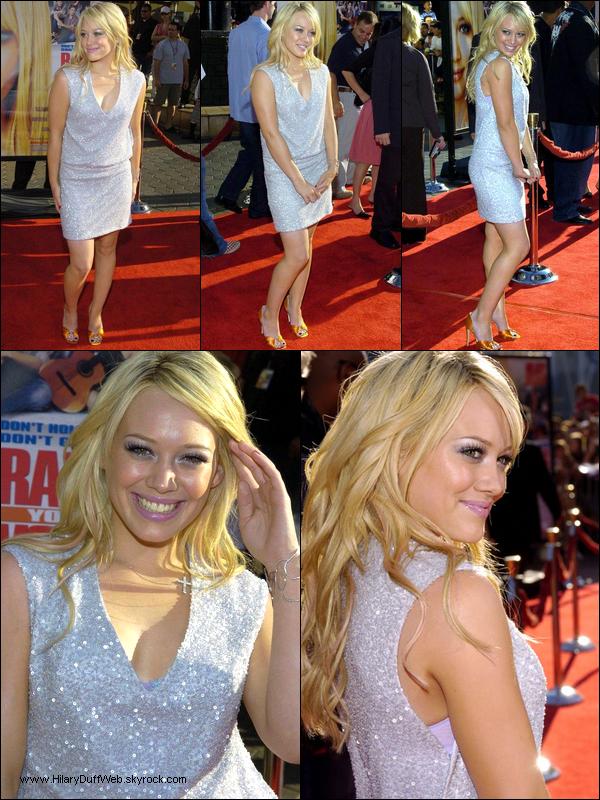 . FLASHBACK (02 Octobre 2004) ~ Hil' assistant à la 1ère mondiale du film Raise Your Voice dans lequel elle tient le rôle principal. .