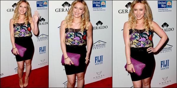 . Mercredi 11 Mai : Hilary en compagnie de son mari Mike lors du « Southern Style St Bernard Project Event »..Juste magnifique ♥ .