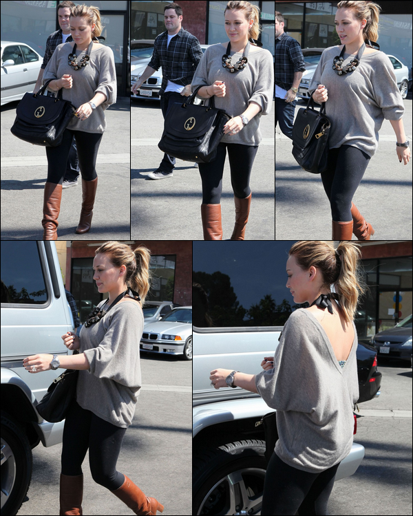 .  Lundi 19 Septembre : Hilary rejoignant sa voiture en compagnie de son mari après un déjeuner en amoureux dans Studio City....    Mardi 20 Sept. : H. se baladant le sourire aux lèvres à L.A.; à force de sourire autant, elle finira par se décrocher la mâchoire....