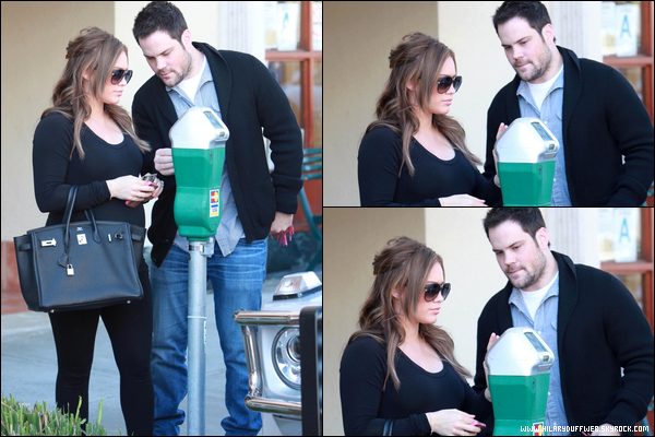. Mercredi 25 Janvier : Notre petite Duff se rendant en compagnie de son mari Mike dans un centre médical situé à Beverly Hills....