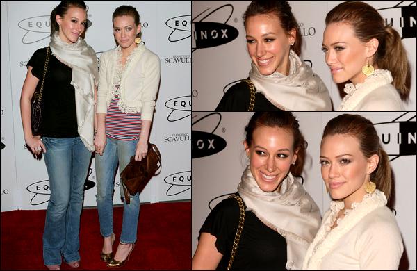 . FLASHBACK (09 Mars 2006) ~ Hil' et sa soeur Haylie lors de l'ouverture de l'entreprise sportive « Equinox » à New York. .